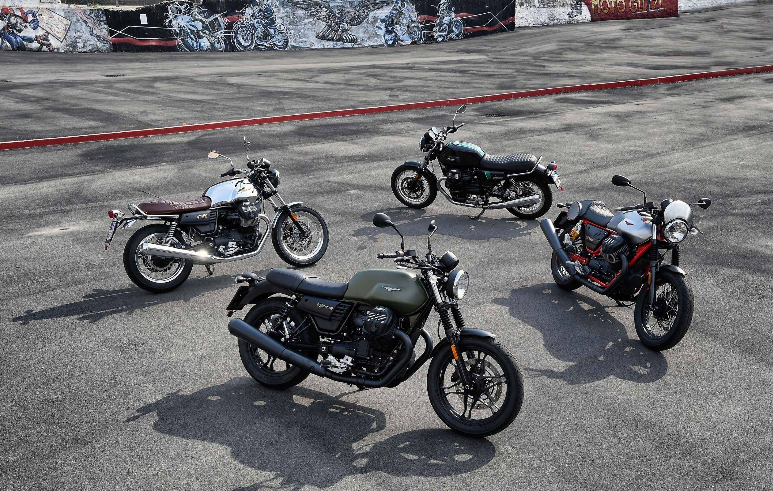motorrad occasion moto guzzi v7 iii stone kaufen. Black Bedroom Furniture Sets. Home Design Ideas