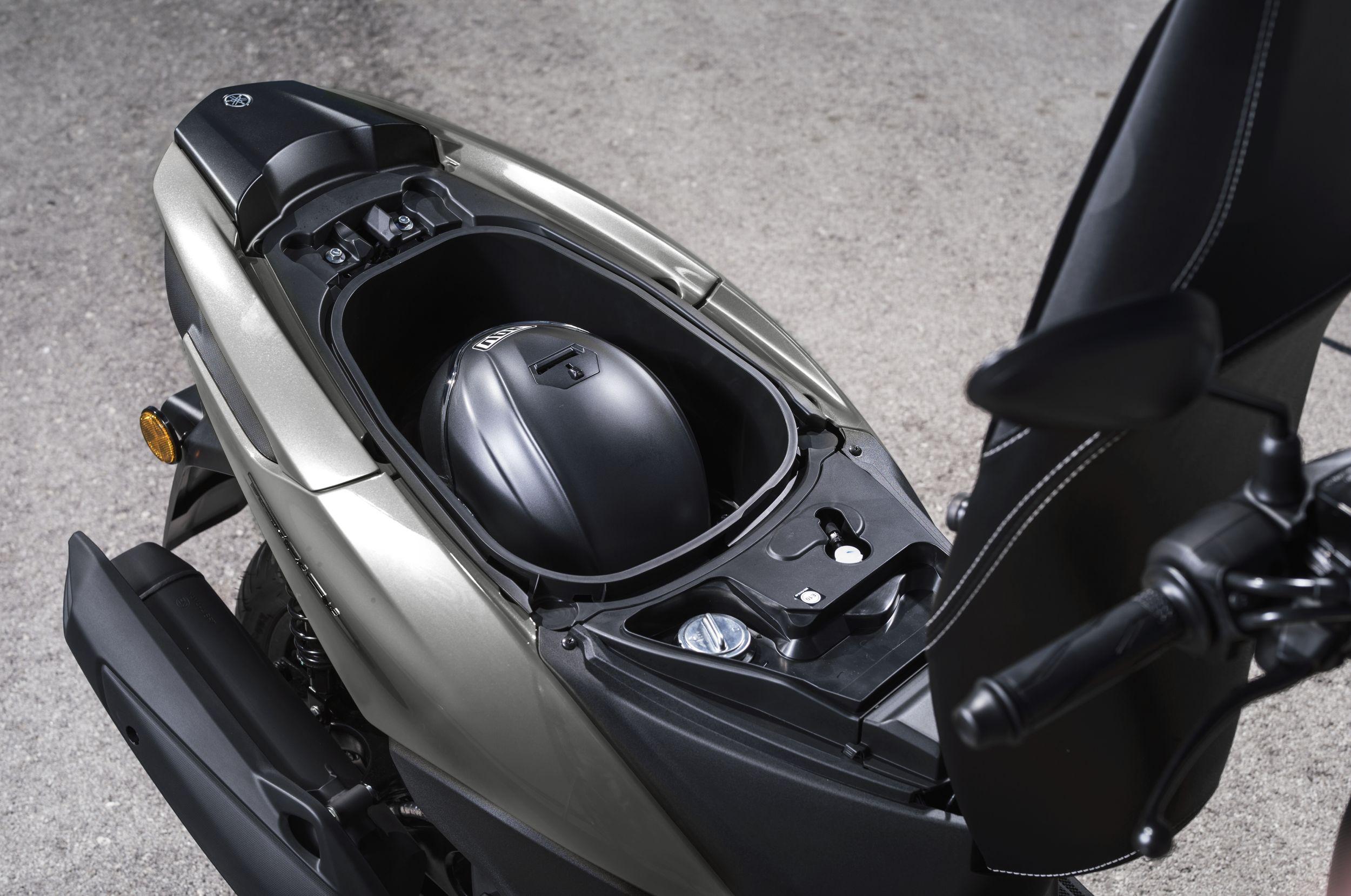 motorrad occasion yamaha tricity 125 kaufen. Black Bedroom Furniture Sets. Home Design Ideas
