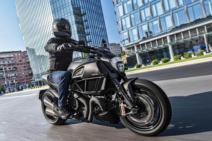 Ducati Diavel Carbon Schnäppchen