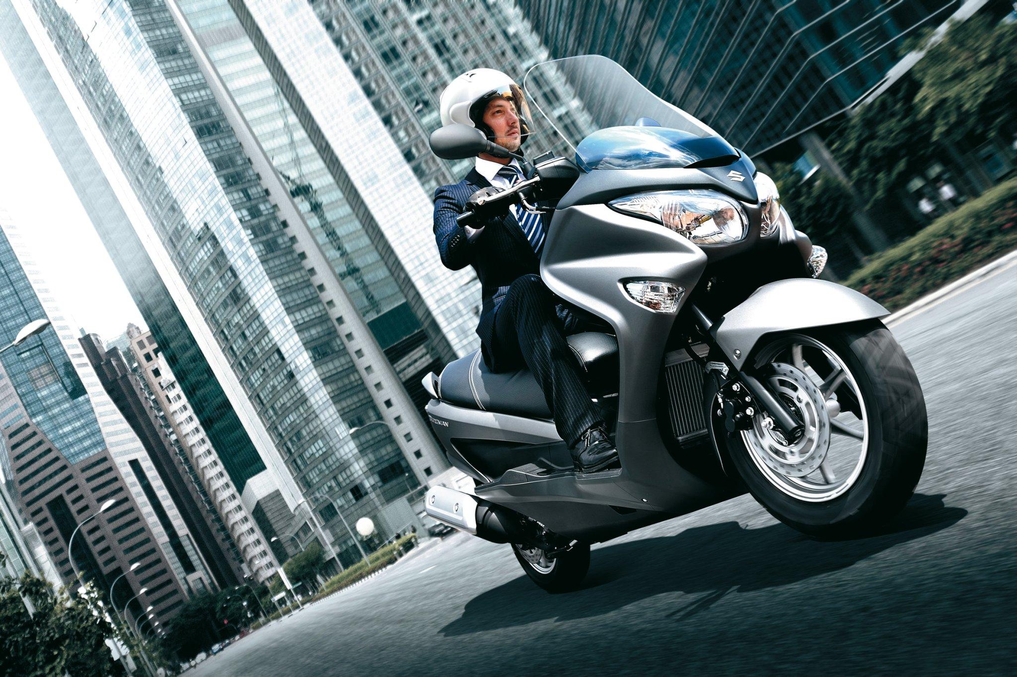 suzuki roller motorrad zweirad shop wagner 64331. Black Bedroom Furniture Sets. Home Design Ideas