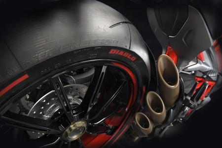 Brutale 800 RR Pirelli
