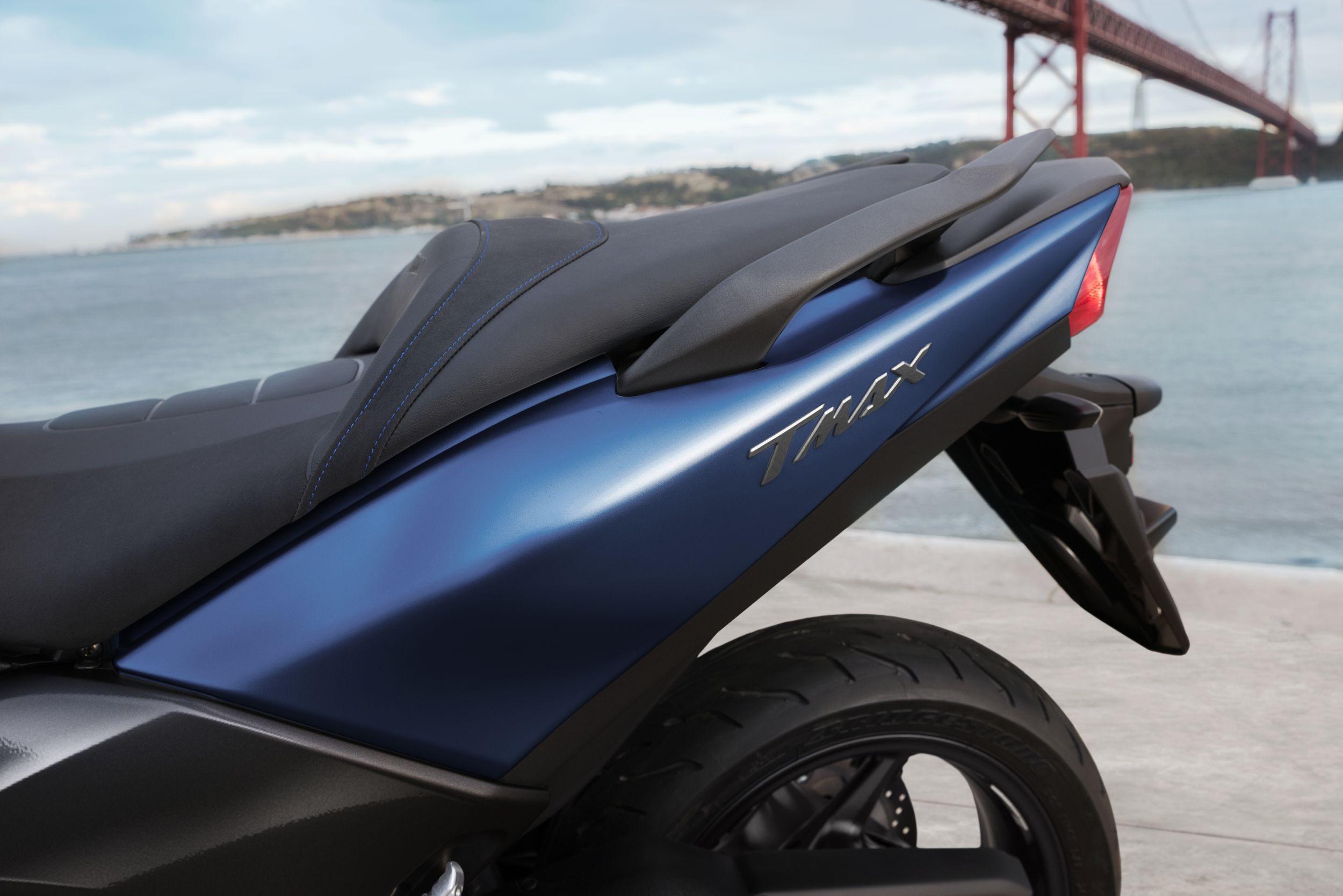 Yamaha TMAX SX