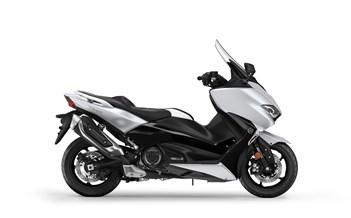 Yamaha MODELLE Yamaha TMAX DX