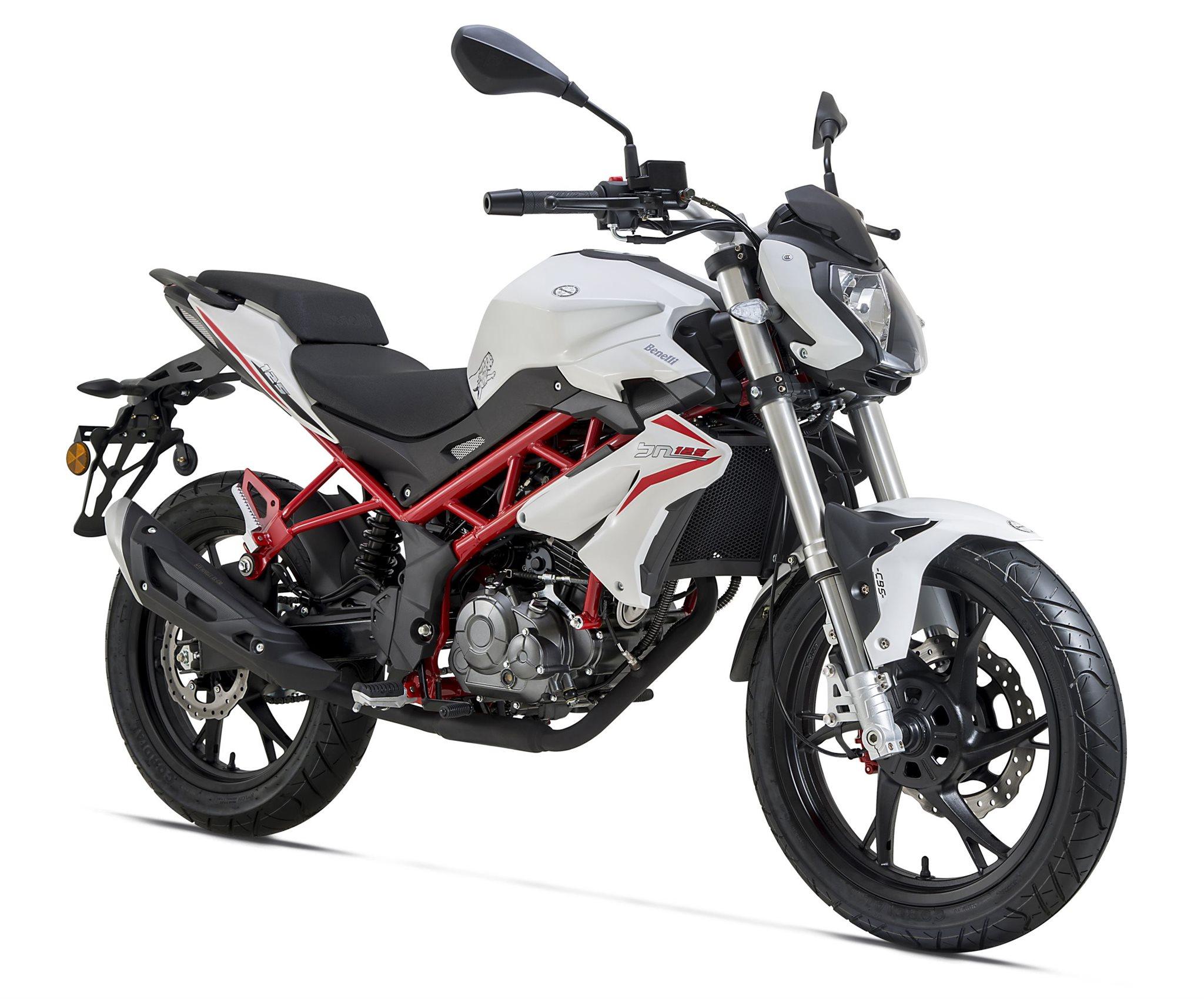 Comparativa Benelli BN 125 2018-2020 - Yamaha YS125 2017-2021
