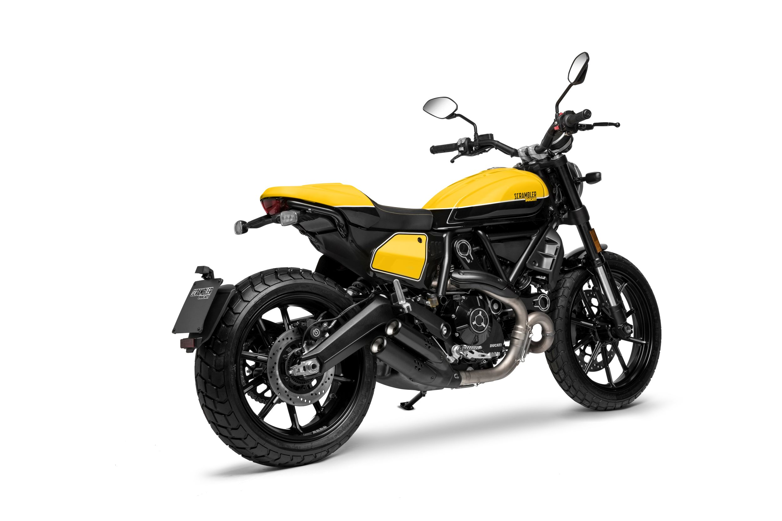 gebrauchte und neue ducati scrambler full throttle. Black Bedroom Furniture Sets. Home Design Ideas