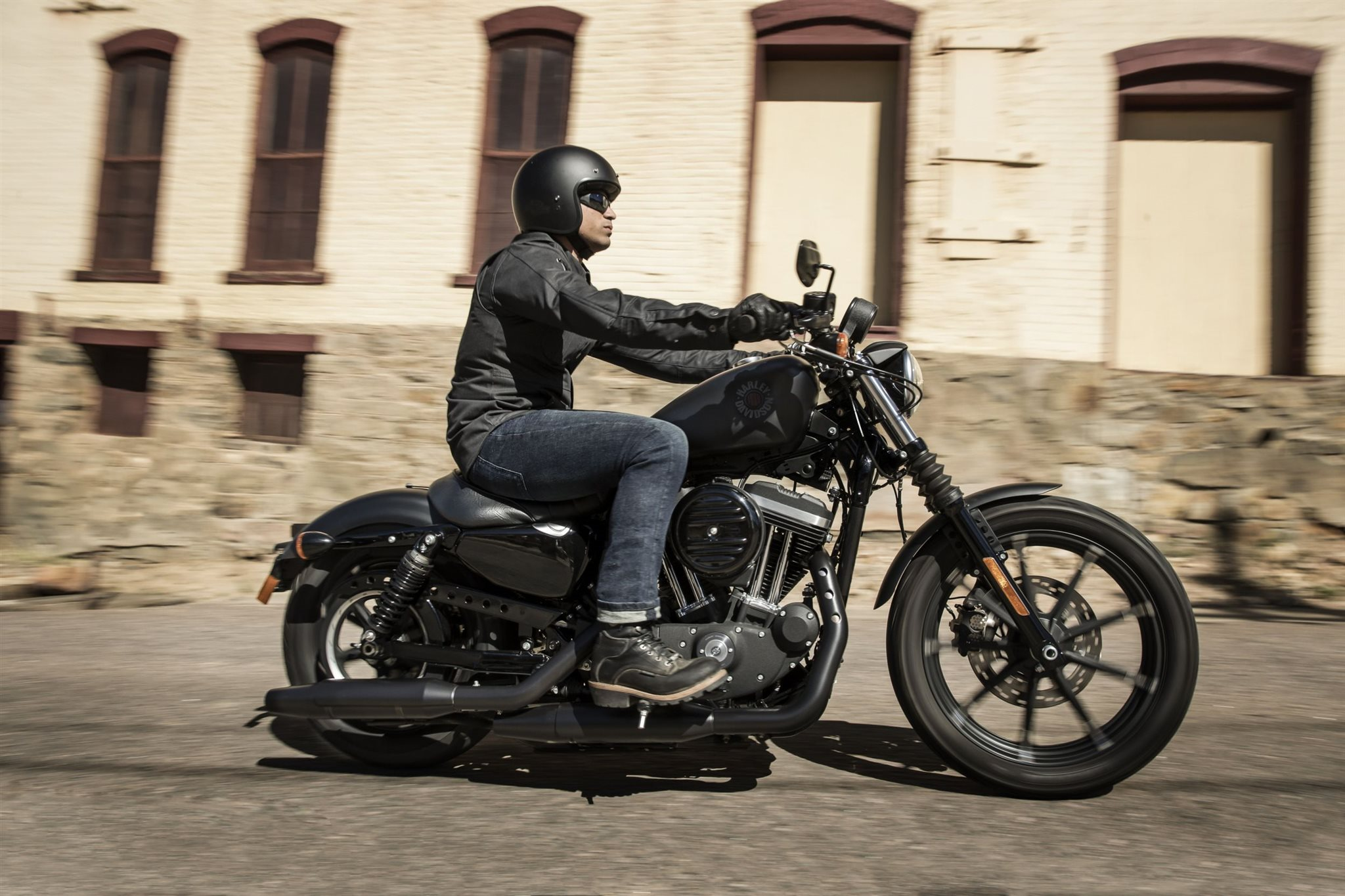 Harley davidson iron 883 kaufen