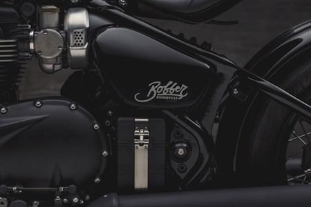 Bonneville Bobber Black