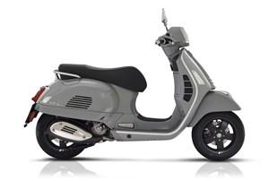 Vespa GTS 300 hpe Super Tech