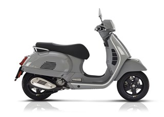 Vespa GTS 300 hpe Super Tech