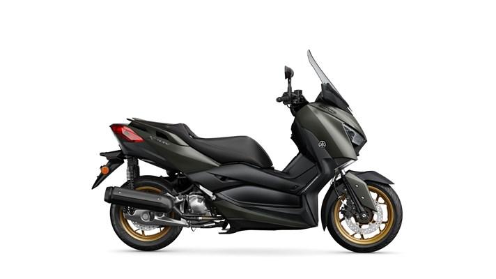 Yamaha XMAX 125 IRON MAX