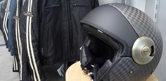 Verkäufer f. Motorradbekleidung, Helme u. Zubehör