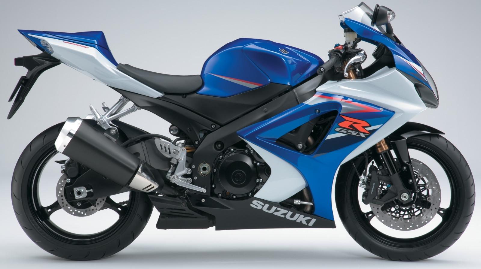 GSX-R легендарный класс мотоциклов интегрированный в техническое совершенство и узнаваемый дизайн продукции Сузуки.