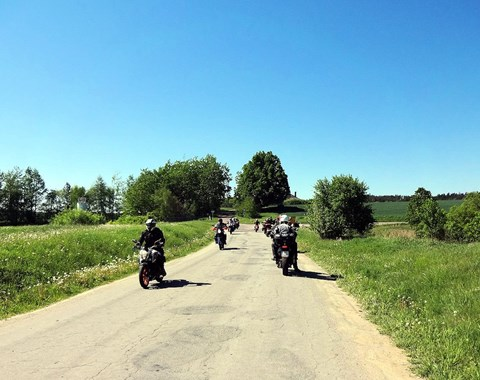 32 motorr der 41 biker innen 300 gefahrene kilometer und. Black Bedroom Furniture Sets. Home Design Ideas
