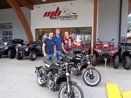 SVARTPILEN 401 DUETT - HANDING OVER  >>>SVARTPILEN 401 DUETT - HANDING OVER Diese beiden tollen Bikes gehen ins schöne Oberland in Tirol ;)Wir gratulieren Andreas C... Weiter >>