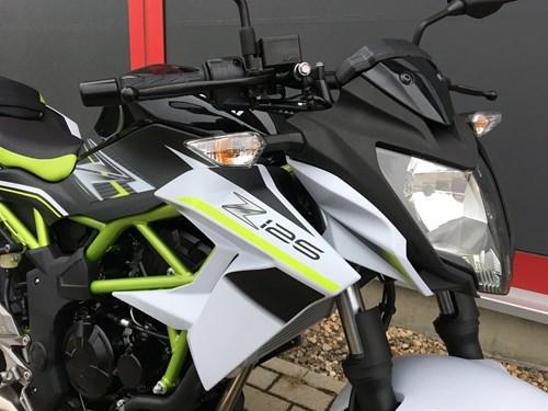 Erste Kawasaki Z 125 eingetroffen!