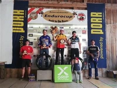 MARTIN ORTNER triumphiert beim ÖEC Cup Rennen in Gaming/NÖ und gewinnt die CHAMPIONATSWERTUNG und E3 Klasse! MARTIN ORTNER triumphiert beim ÖEC Cup Rennen in Gaming/NÖ und gewinnt die CHAMPIONATSWERTUNG und E3 Klasse! MARVIN RANKL mit Pla...