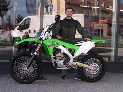 Kawasaki  KX 250 mit neuen Bestimmungsort