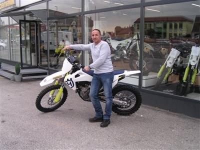 Neues Husqvarna  MX-Bike übergeben