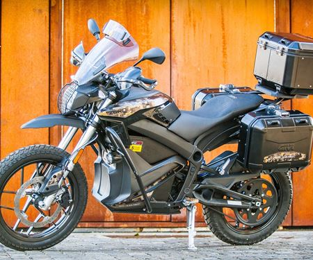 CHILLI-X-News: Zero Motorcycles DSR Black Forest für Reiselustige!