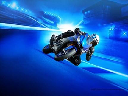 Yamaha YZF-R3 2019  Die R-Welt ruft! Denn die neue YZF-R3 ist mit einer Reihe neuer Funktionen ausgestattet, die so a... Weiter >>