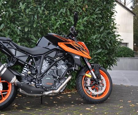 *** KTM 1290 Super Duke R 2019 eingetroffen ***