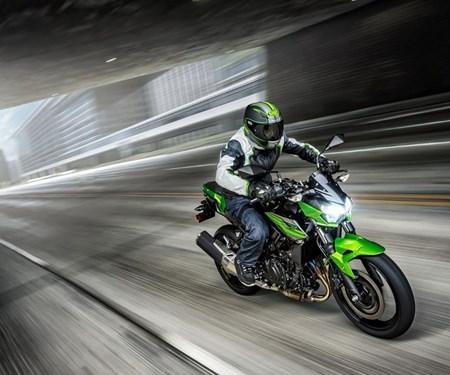 Neue Z400 verstärkt Kawasaki's Angebot in der Mittelklasse