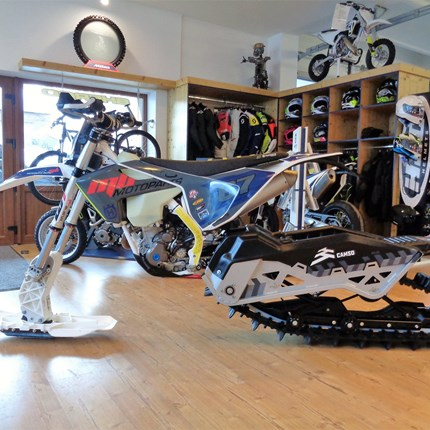 >>>HQV FE 350 feat. CAMSO DTS129 Raupenkit<<< 