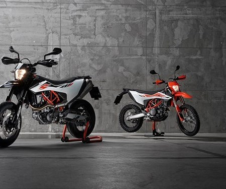 STREET OR DIRT? NEUE KTM 690 SMC R & KTM 690 ENDURO R
