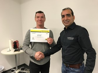Zertifizierter DUNLOP Motorsport - Partner
