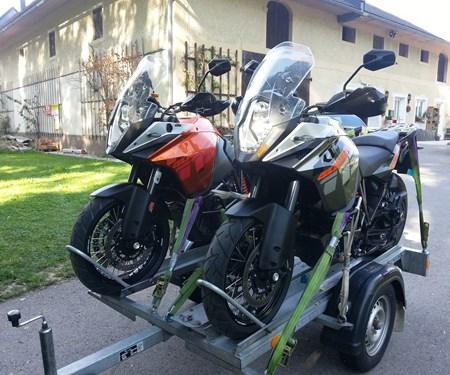 Motorradanhänger für deinen Urlaub jetzt schon reservieren!!!