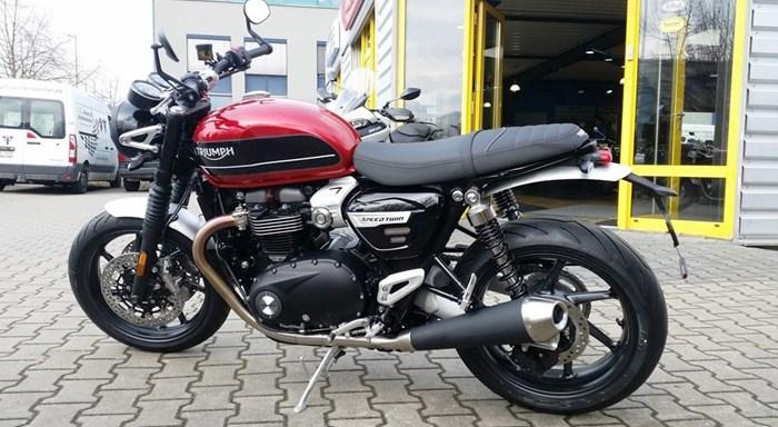 >>> Brandaktuell: TRIUMPH Bikes: SPEED TWIN 1200 und TRIUMPH SCRAMBLER 1200 XE eingetroffen ! <<<