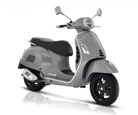 Pat-Bikes-News: VESPA GTS 300 SUPER TECH