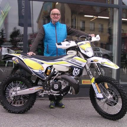TE 300i/2019 der besonderen Art!! Auf Wunsch von Hannes durften wir ein sehr schönes und einzigartiges Bike zusammenstellen. Die TE 300i/2019 ist sehr gelungen! Wir... Weiter >>