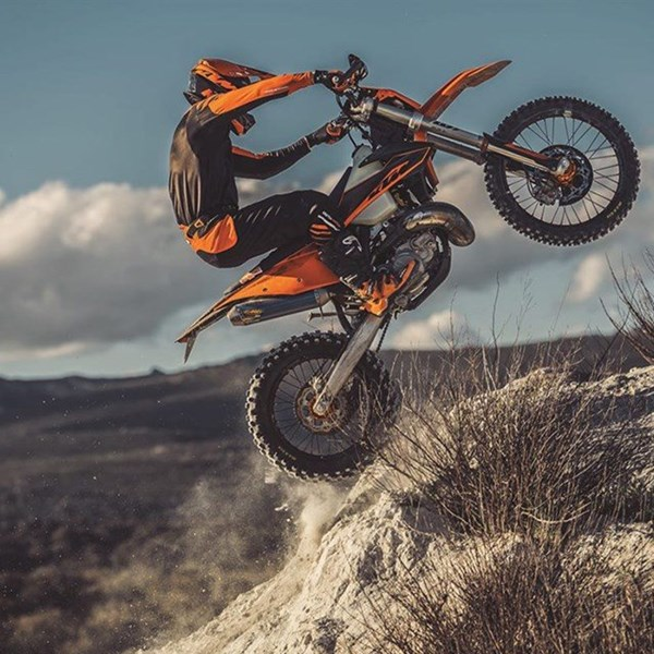 KTM LAUNCHES A NEW GENERATION OF ENDURO MACHINES!