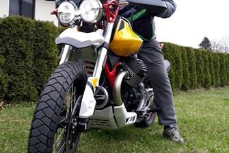 Schotterexpedition auf die Peterer Alpe bei Reichenfels in Kärnten mit einer Moto Guzzi V85TT
