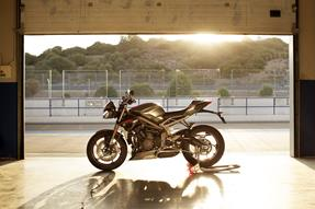 Triumph Street Triple RS 2020 - Unbeatable! anzeigen