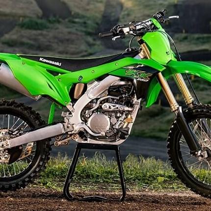 3 ,2 ,1 - meins!!!!!!!! Stefan konnte der Versuchung nicht wiederstehen und hat heute eine brandneue Kawasaki KX 250 abgeholt. Wir wünschen viel Spaß und... Weiter >>