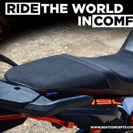 Seat Concepts Komfortsitzbank 790 Adventure R  FÜR HÖCHSTE ANSPRÜCHE  Die 790 Adventure R-Komfortsitzbank wurde vorne etwas erhöht,  um dem natürlichen vorwärts Gefälle des... Weiter >>