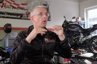Bild zum Bericht: Neues 1000PS.at Video: Richtige Blicktechnik am