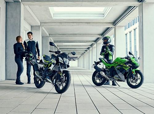 Top-Angebote für Ninja 125 und Z125: KAWASAKI SENKT DIE PREISE UND BIETET GÜNSTIGE VOLLKASKO AN