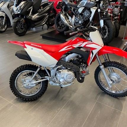 Honda CRF110 F  Ab jetzt bei uns zu besichtigen! Das ideale Bike für Kinder mit E-Starter     Um nur 259... Weiter >>