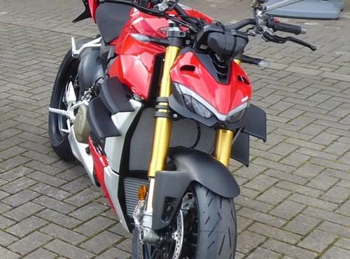 NEWS Ducati Streetfighter V4 S