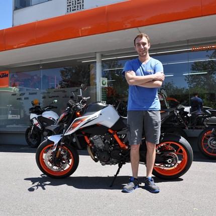 ...KTM 890 DUKE R ....  ... wir wünschen Michael viele schöne Ausfahrten!!! Motobike-Team