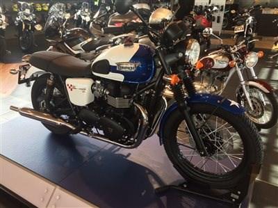 Triumph Bonneville T214 SE
