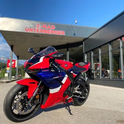 Honda CBR 1000RR-R 2020  Jetzt bei uns lagernd die neue Honda CBR1000RR-R..... Weiter >>