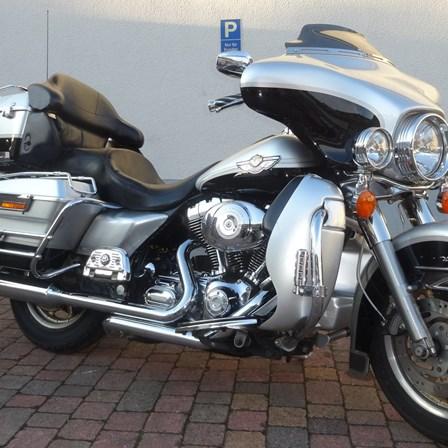 "SONDERANGEBOT - Gebrauchtfahrzeug - Harley-Davidson Elektra Glide Ultra Classic ""100"""