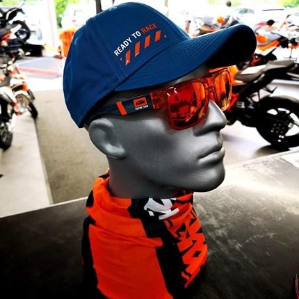 KTM POWER WEAR - Neue Kollektion !!  KTM POWER WEAR - Neue Kollektion !!  *T-Shirts *Sweatshirtjacken *Pullover *Caps  In verschiedenen Farben und Größen bei ... Weiter >>