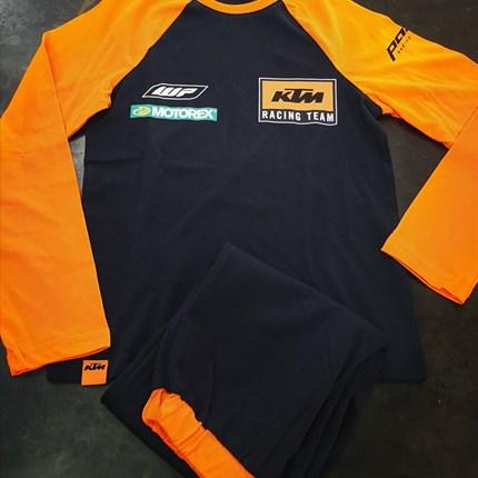 KTM Schlafanzug für Kinder  KTM Schlafanzug für Kinder bei uns erhältlich in verschiedenen Größen !!