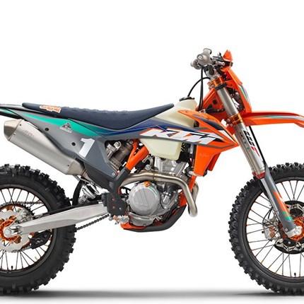 KTM 350 EXC-F Wess Edition  Die KTM 350 EXC-F WESS wurde gebaut, um die verschiedenen und schwierigen Herausforderungen der WESS Enduro-Weltmeisterschaft zu... Weiter >>