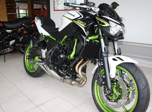 2021er Kawasaki Modelle eingetroffen
